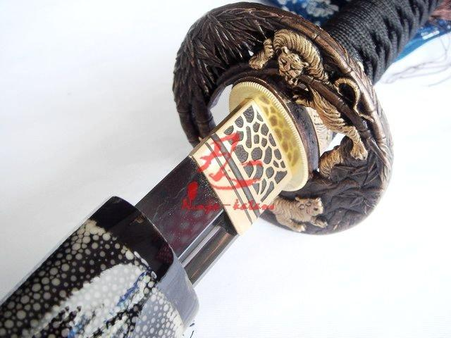 Clay Tempered Japanese Katana Tiger Tsuba Sword Battle Ready Sword