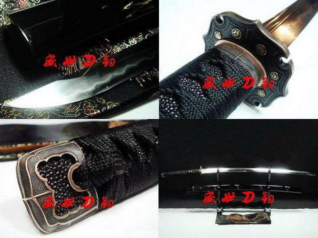 Excellent Japanese Katana Sword Clay Tempered Sanmai Unokubi-Zukuri Blade Sharp