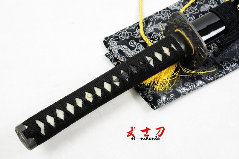 Hand Forged Folded Steel Full Tang Blade Japanese Black Samurai Katana Warriors Tsuba Sword
