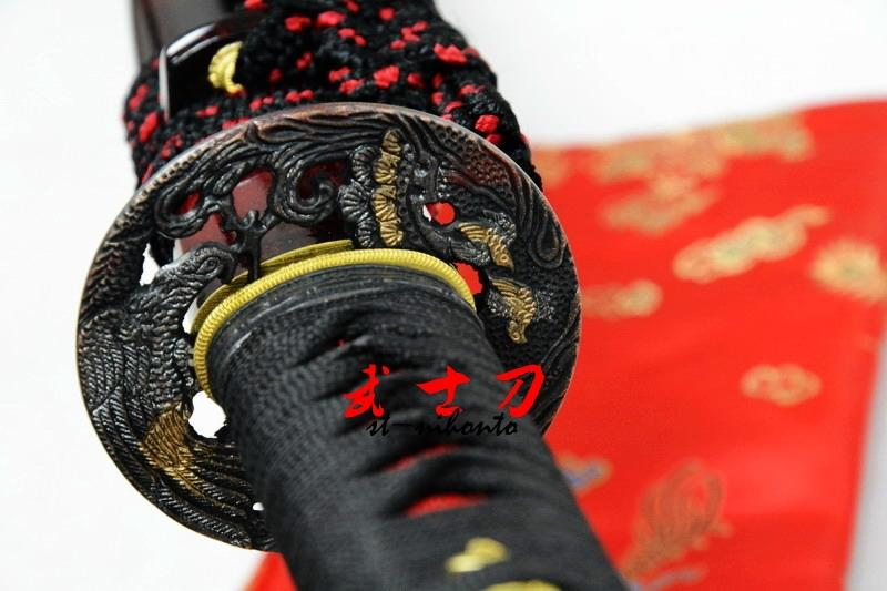 Hand Forged Folded Steel Full Tang Blade Japanese Red Samurai Katana Eagle Tsuba Sword